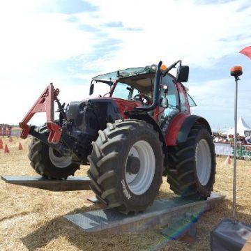 Lindner: Effizient in Feld und Grünland