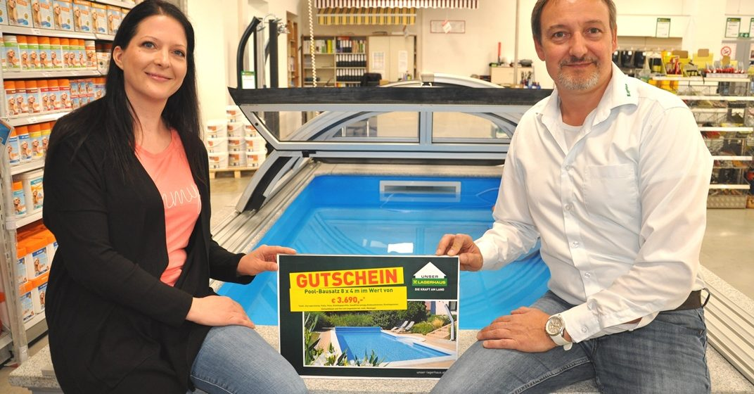 LAGERHAUS Gewinnspiel: Pool-Bausatz übergeben