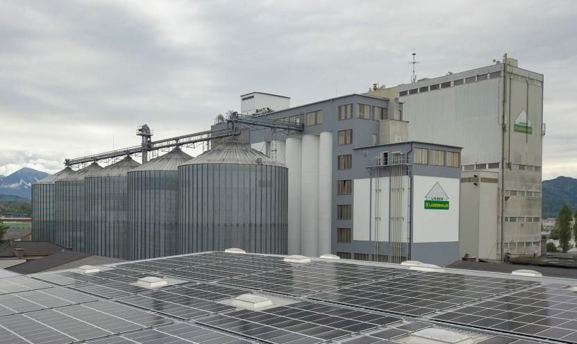 Betriebsbedingter Brand im Lagerhaus Mischfutterwerk Klagenfurt